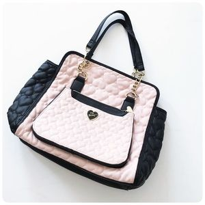 Betsey Johnson black & pink color block purse